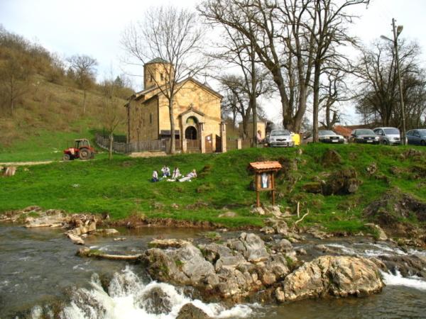 savinac-crkva-izvor